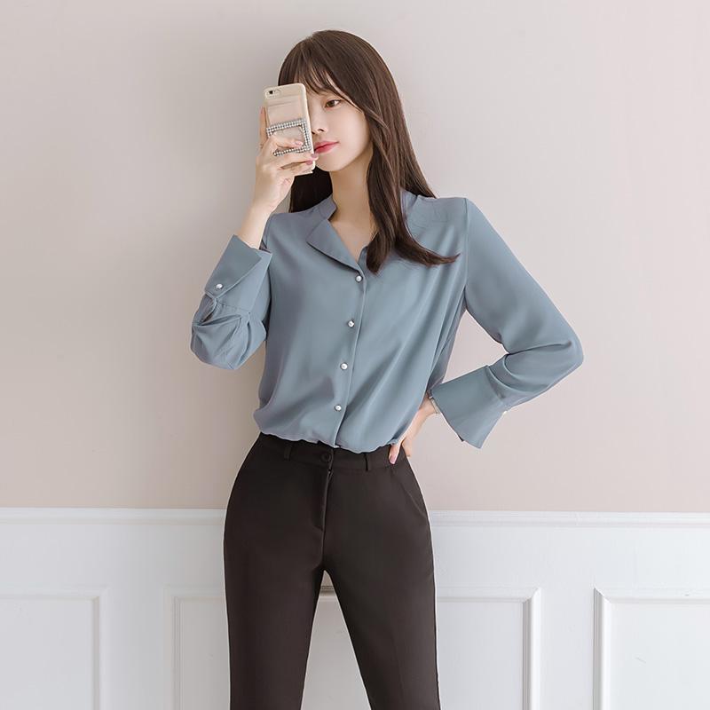 bs3830 브이 카라 디테일의 진주버튼 블라우스 blouse