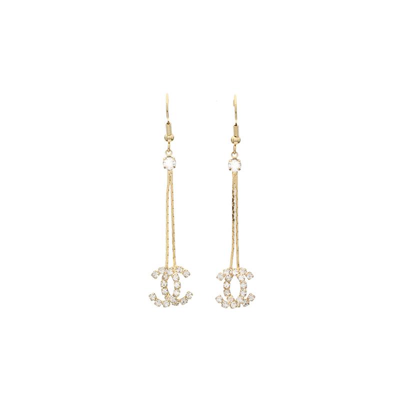 ac3865 2개의 C장식 드롭 포인트가 엣지있게 연출되는 페미닌 드롭 이어링  earring