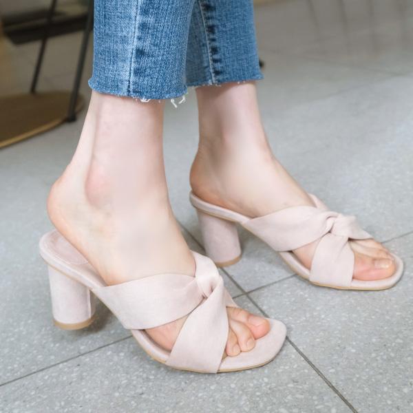 sh1391 시원산뜻 크리미한 컬러감의 꼬임 포인트 스웨이드 오픈토 힐 shoes