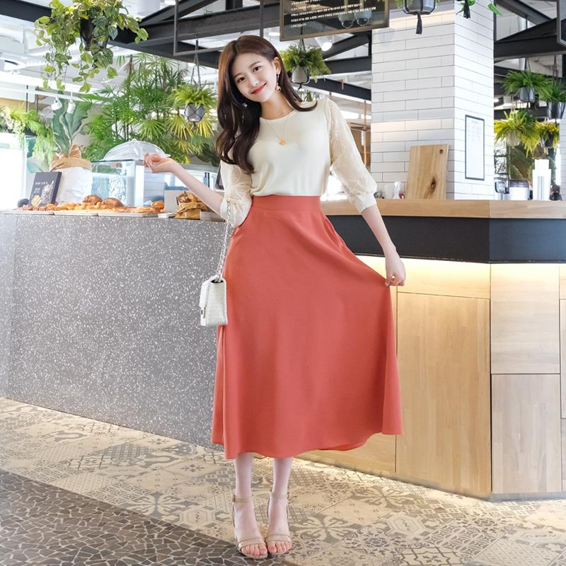sk3473 찰랑한 소재가 로맨틱한 실루엣을 선사하는 포켓 플레어 롱스커트 skirt