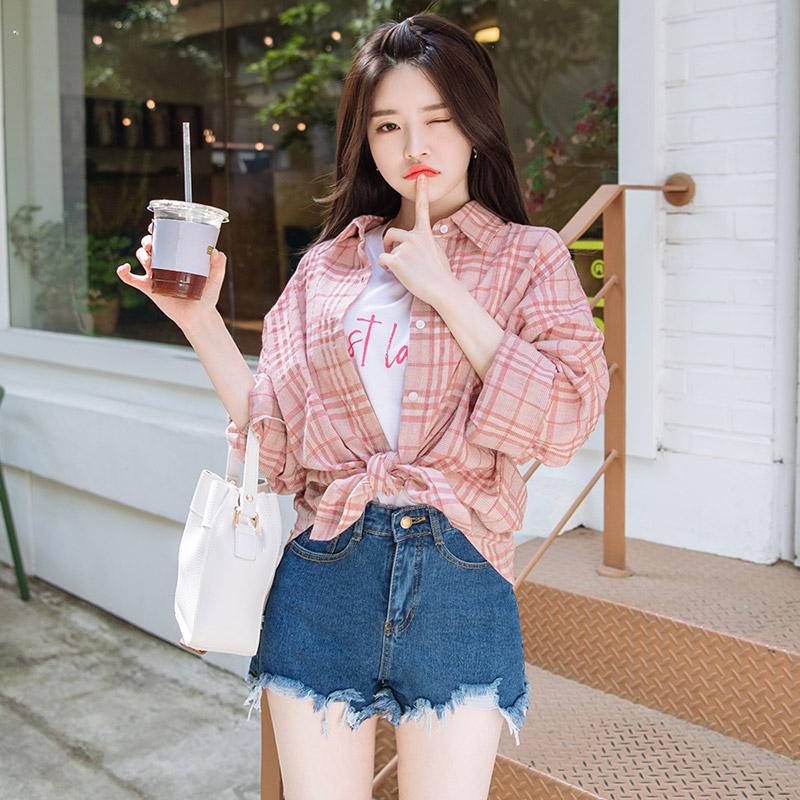 bs4340 고슬고슬 시원한 소재감의 클래식 체크패턴 오버핏 셔츠 blouse