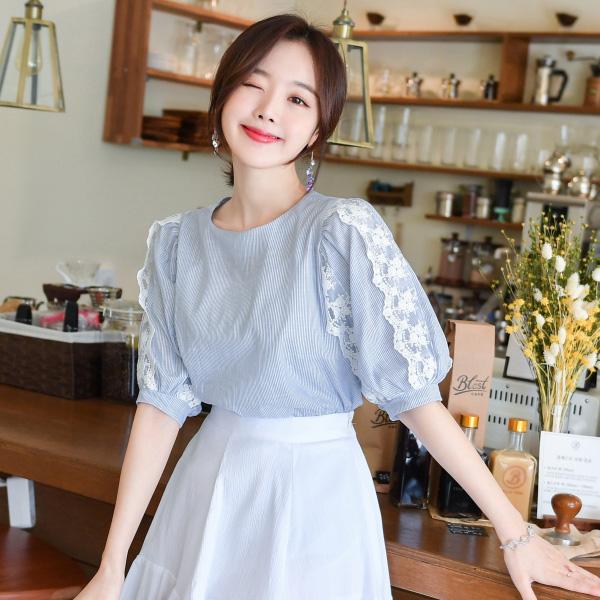 bs4343 레이스 퍼프소매의 로맨틱한 무드의 블라우스 blouse