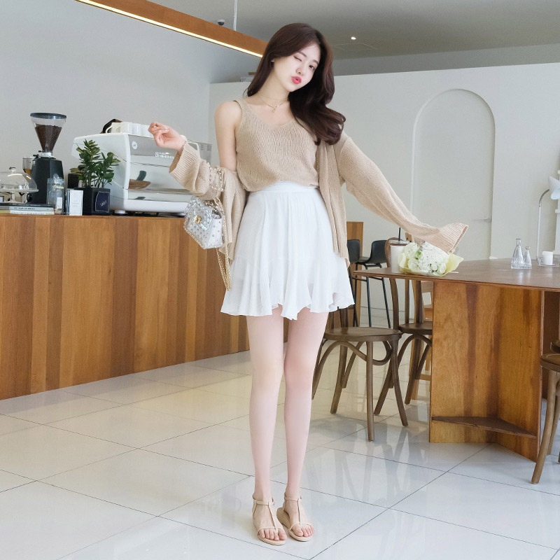 ps1746 살랑이는 프릴 디자인의 백 밴딩 플레어 치마바지 pants