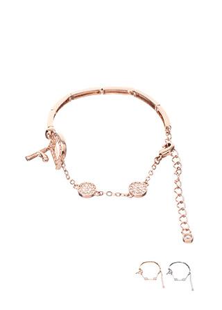 ac3950 고급스러운 이니셜 D 큐빅 장식의 브레이슬릿 bracelet