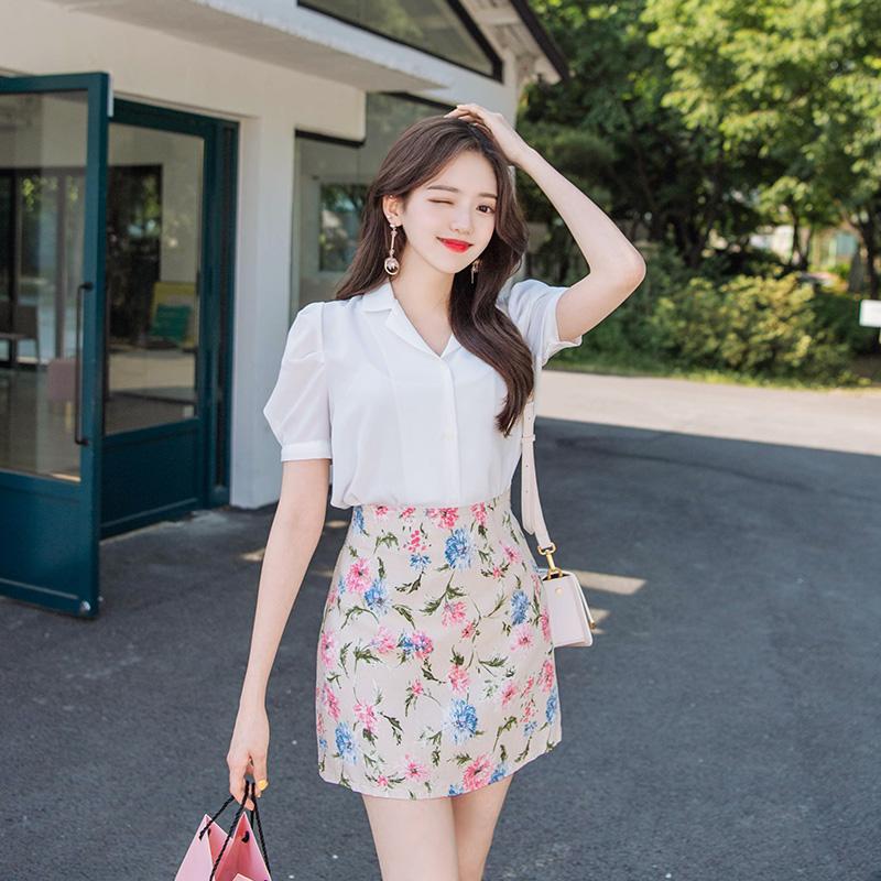 bs4378 꽃봉오리처럼 사랑스러운 퍼프소매 V넥 카라 베이직 블라우스 blouse