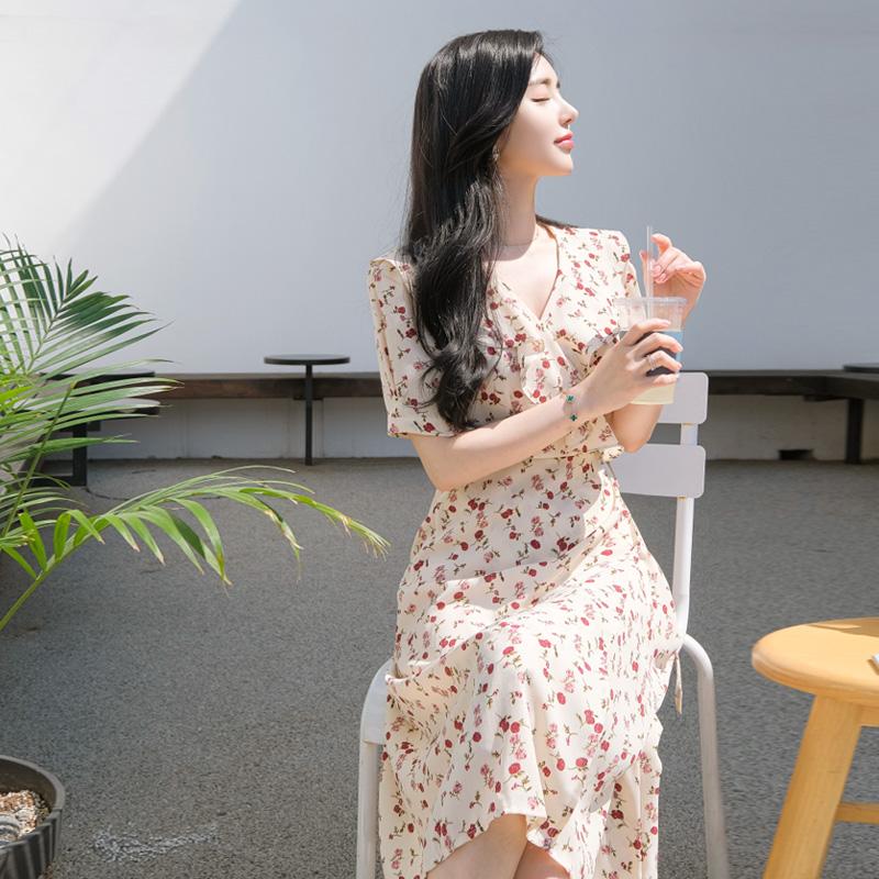 op7124 사랑스러운 잔꽃프린팅의 넥프릴장식 롱기장 랩원피스 dress
