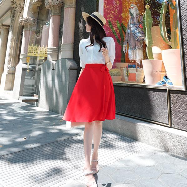 sk3558 아뜨랑스 스테디셀러 디자인의 사이드 리본 장식 플레어 미디 스커트 skirt