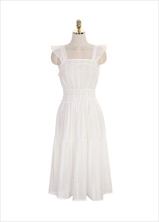 op7507 프릴 민소매와 스모크 밴딩 디테일의 펀칭 레이스 원피스 dress