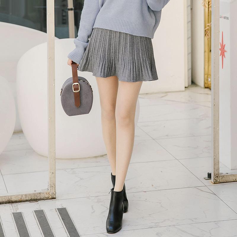 sk3016 걸리쉬한 플리츠 잔주름 나팔꽃 허리 밴딩 치마바지 skirt
