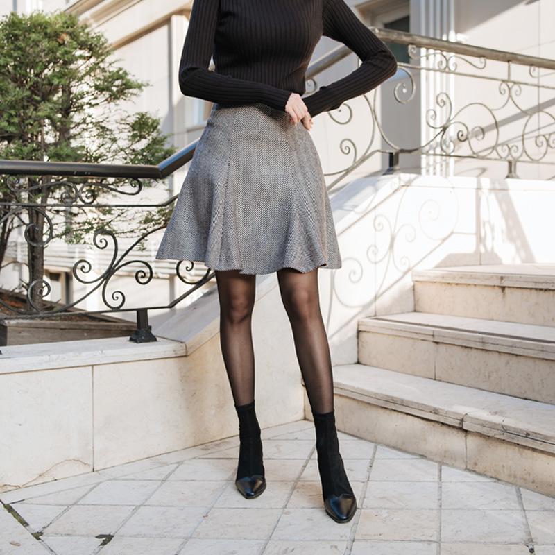 sk3025 따뜻한 기모원단의 4부기장 헤링본 체크패턴 플레어스커트 skirt