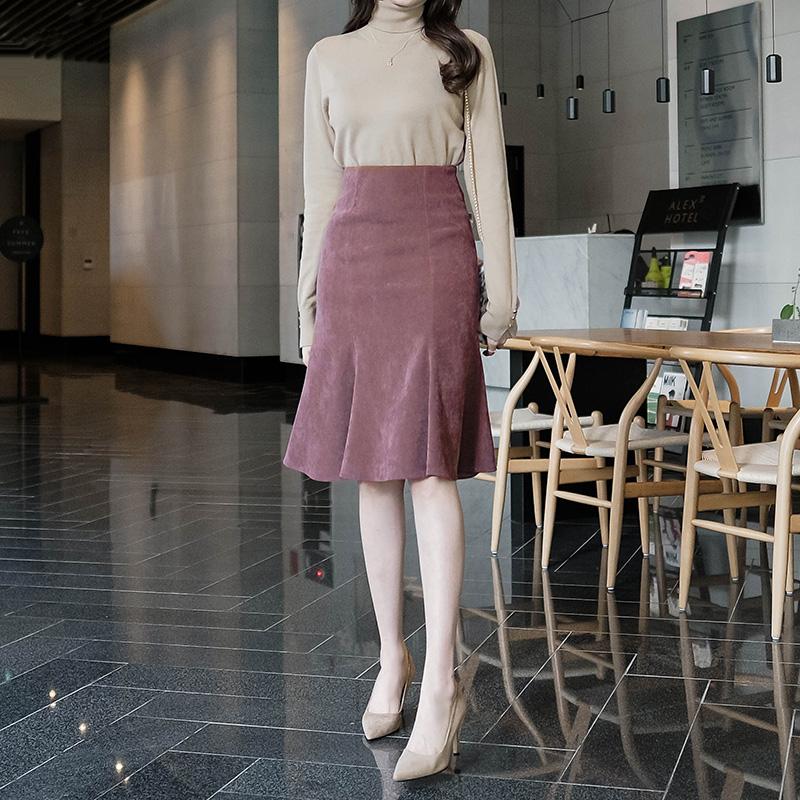 sk3068 여성미 가득한 실루엣을 연출해드리는 보들보들 도톰한 절개라인 미디스커트 skirt