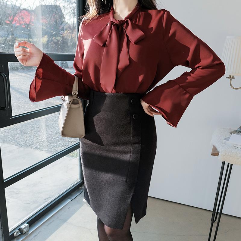 bs3908 여성스럽고 세련된 무드의 리본타이 플레어 슬리브 블라우스 blouse
