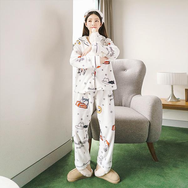 op6139 스누피캐릭터 프린팅 패턴의 극세사 수면 잠옷+허에밴드+수면안대 4세트 dress