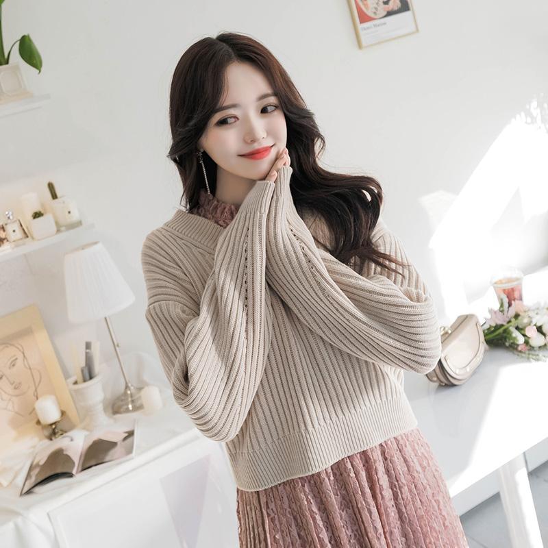 nt1817 뒷모습 반전매력을 선사하는 백라인 리본장식 브이넥 크롭니트 knit