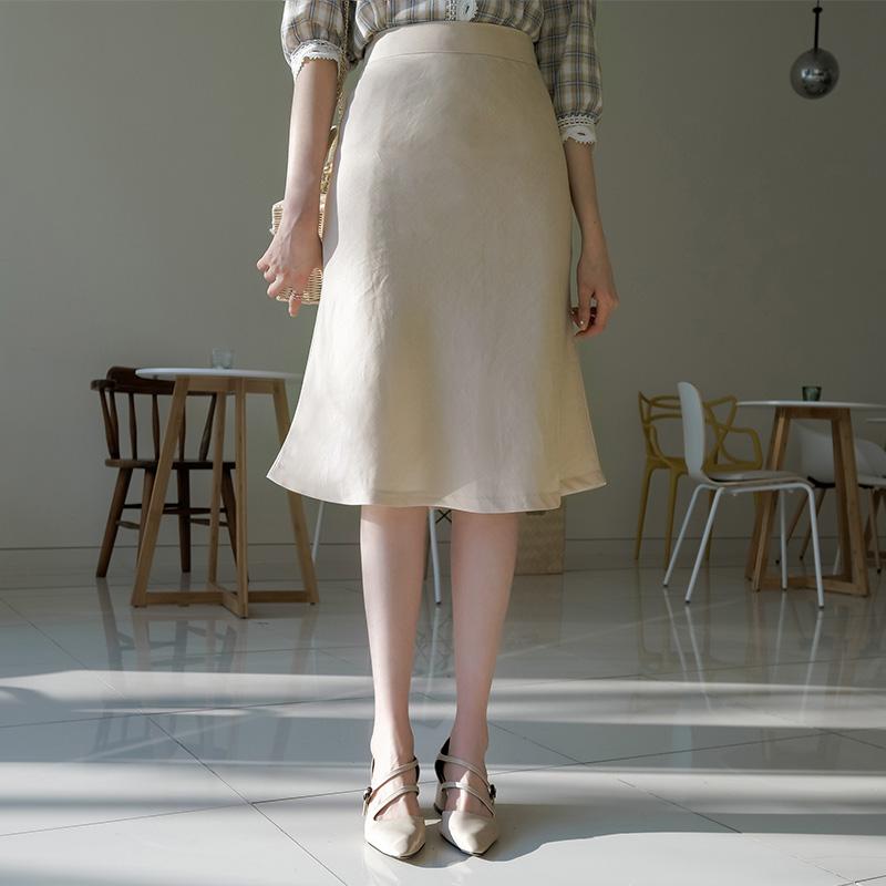 sk3411 여성스러운 실루엣의 가벼운 린넨함유 패브릭 미디 스커트 skirt