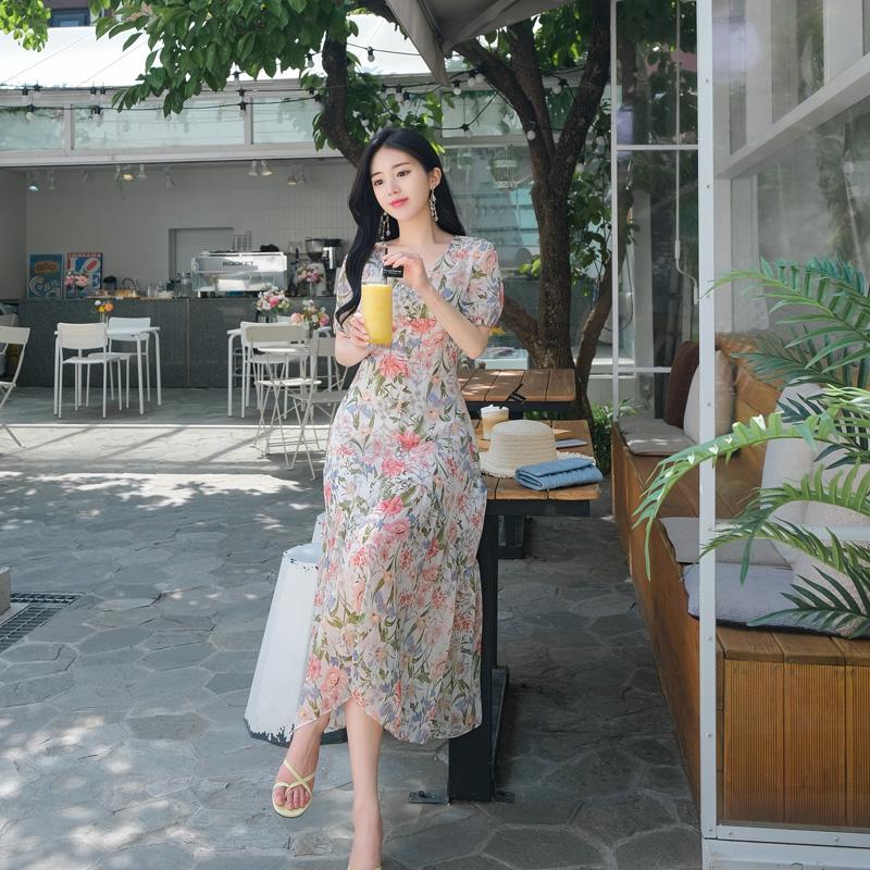 op7016 산뜻 시원한 플라워패턴의 드레시한 반팔소매 쉬폰롱원피스 dress