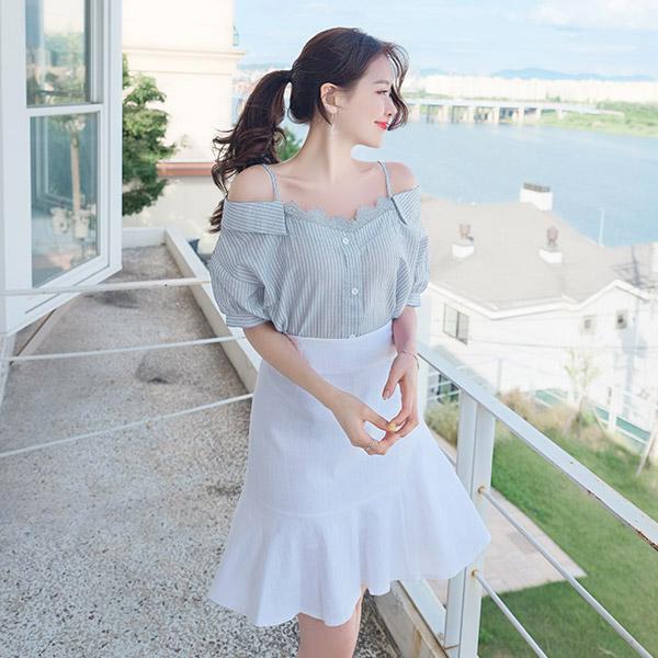 bs4428 로맨틱한 레이스 장식의 잔 스트라이프 오프숄더 셔츠 블라우스 blouse