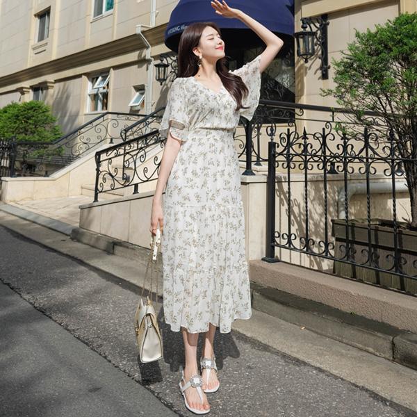 op7226 여신미 가득한 로맨틱 잔플라워 패턴의 캉캉 롱 플레어 랩원피스 dress