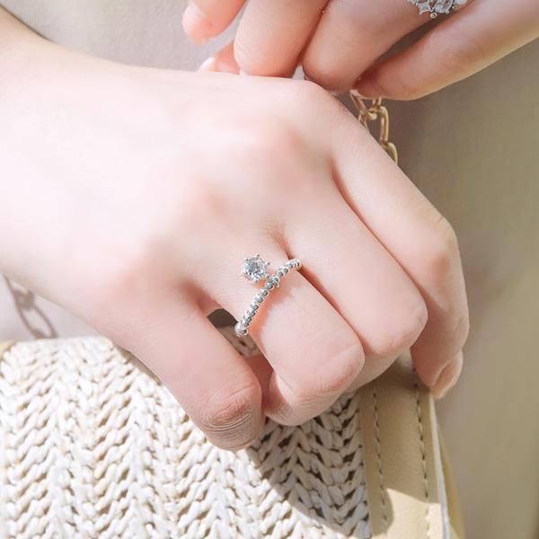 ac4004 (Silver) 여리한 볼 라인의 큐빅 실버링 ring