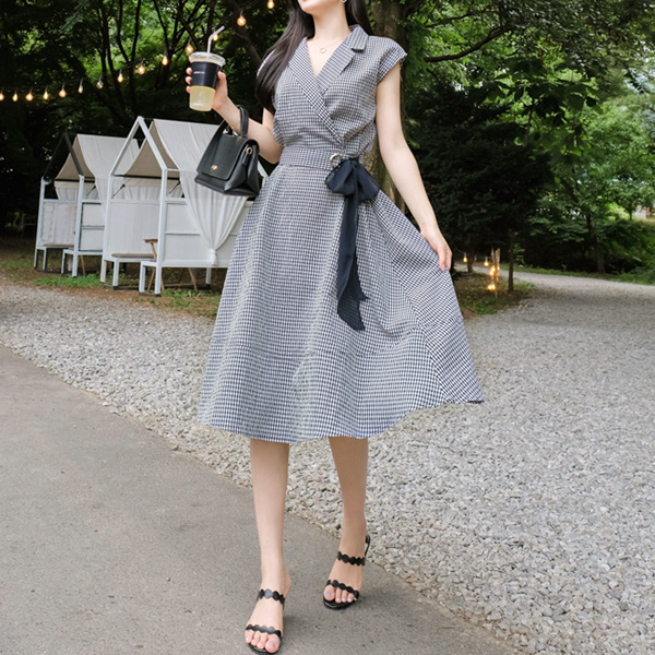 op7388 부드러운 착용감의 고방체크패턴 벨트세트 뒷밴딩 플레어원피스 dress
