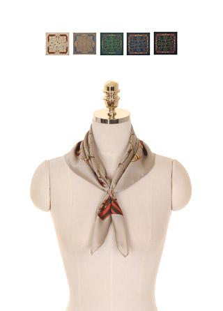 ac4136 고급스러운 명품감성의 태슬 프린팅 정사각형 쉐입 스카프 scarf