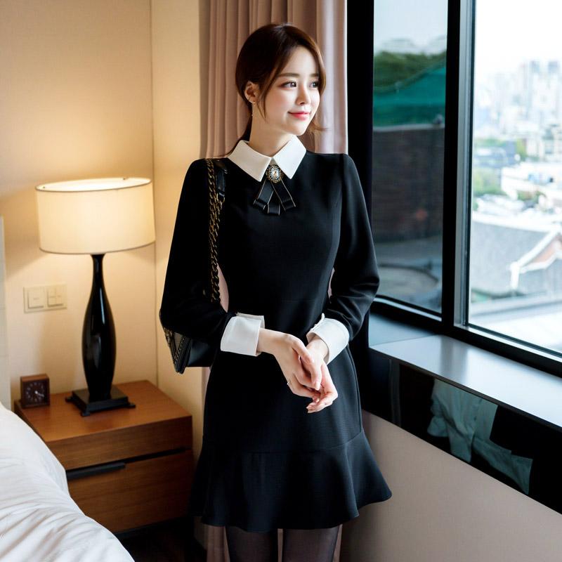 op7898 영롱한 앤틱 브로치 장식의 로맨틱한 입체 절개라인 슬림 미니 원피스 dress