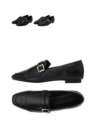 sh1662 유광, 무광 2가지 타입으로 구성된 버클 장식의 세련된 클래식 로퍼 슈즈 shoes