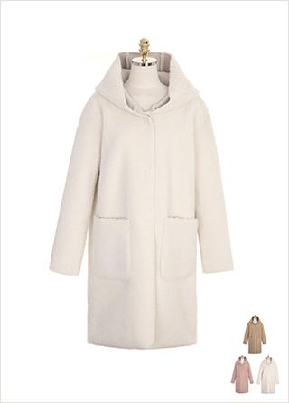 ct1109 뽀글뽀글 따뜻한 양털 패브릭으로 제작된 빅포켓 후드 롱 무스탕 coat