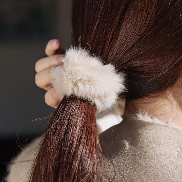 ac4298 부드러운 밍크 에코 퍼로 제작된 러블리한 퍼 곱창 헤어 밴드 hairband