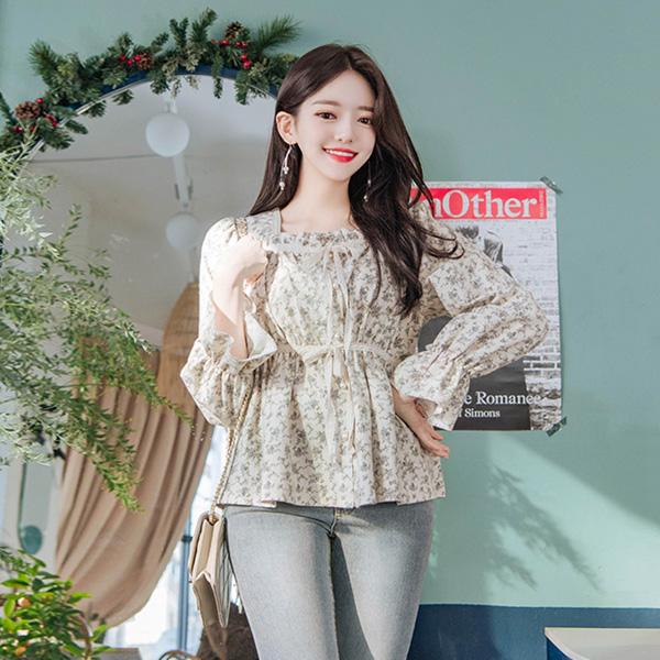 bs4879 청초한 들꽃처럼 내츄럴한 감성의 레이스 리본장식 피치기모 2단 셔링 블라우스 blouse