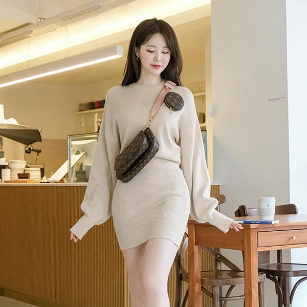 op8490 캐쥬얼 데이웨어로 추천드리는 도톰한 패브릭의 니트 미디 원피스 dress