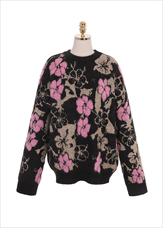 nt2078 페미닌한 핑크 플라워 패턴이 더해진 루즈핏 라운드넥 니트 티  knit