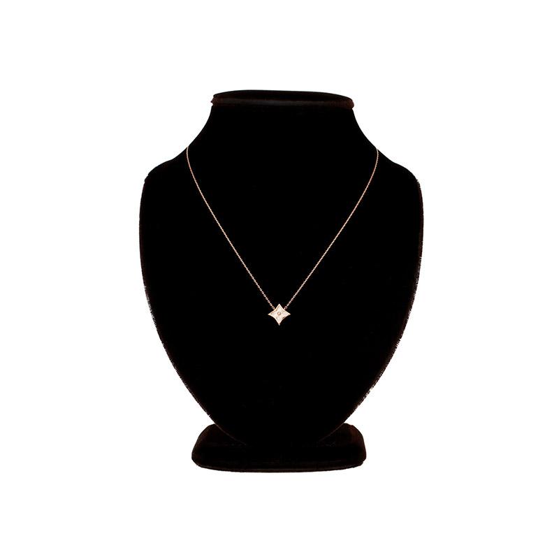 ac4396 명품 브랜드 감성이 느껴지는 크로버 쉐입의 포인트 네크리스 necklace