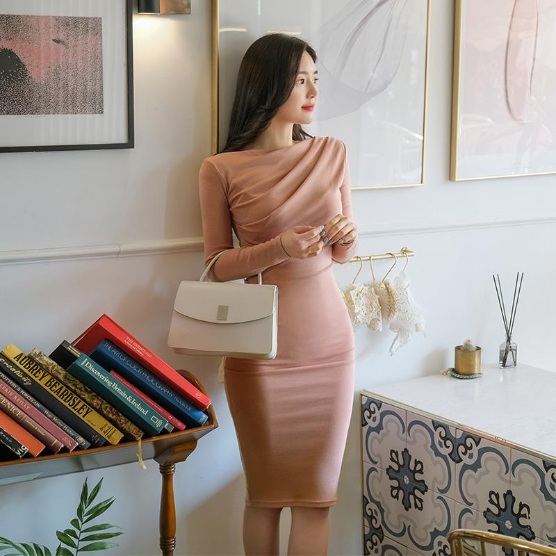 op8748 셔링 디테일로 완벽한 실루엣을 선사해드릴 입술넥 미디롱 원피스 dress