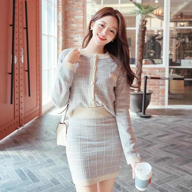 sk4038 깔끔한 트위드 체크패턴으로 짜여진 쫀쫀 허리밴딩 니트 미니 스커트 skirt