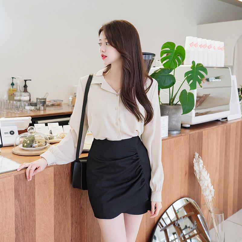 sk4050 여성스럽고 트렌디한 언밸런스 셔링포인트의 백밴딩 미니 스커트 skirt