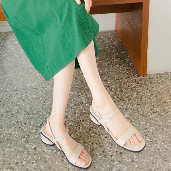 sh1863 더블 스트랩 포인트로 안정감 있는 착화감을 선사해주는 오픈토 샌들 shoes