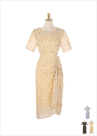 op9184 사이드 셔링 디테일로 멋스러운 실루엣을 완성한 플라워 패턴 롱 원피스 dress