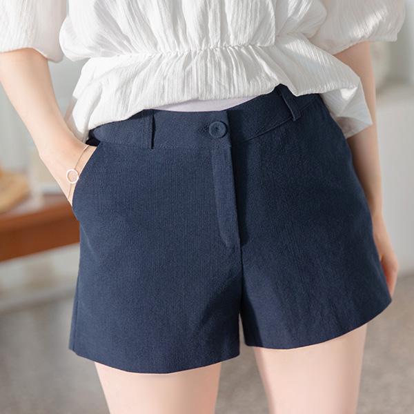 ps2230 단정함과 시원함을 동시에 선사할 깔끔한 디자인의 숏팬츠  pants