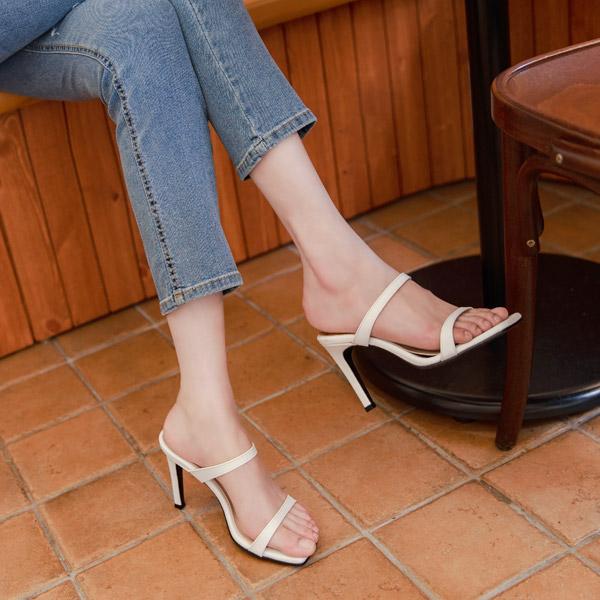 sh1894 보면 볼수록 매력있는 스트랩 오픈 스퀘어토 뮬 미들힐 shoes