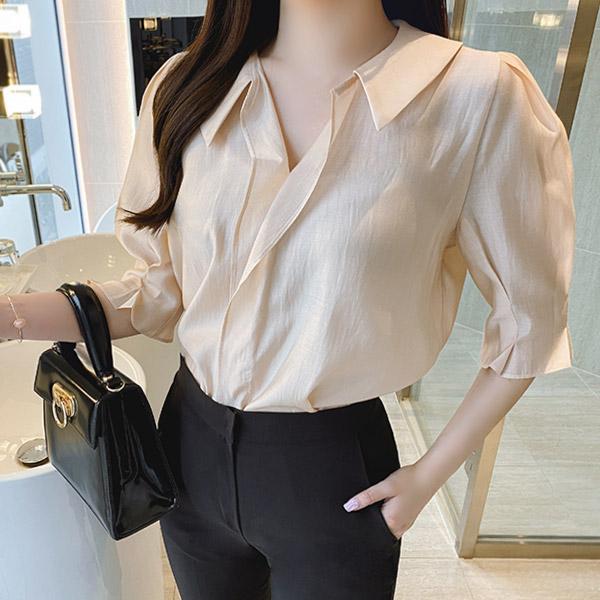 bs5242 부드러운 텐셀소재감과 내추럴 프릴장식이 돋보이는 카라V넥 핀턱7부소매 시스루 블라우스 blouse