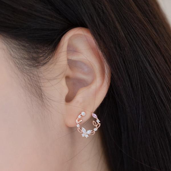 ac4590 월계관 쉐입으로 청초함과 아름다움을 담은 큐빅이어링 earring