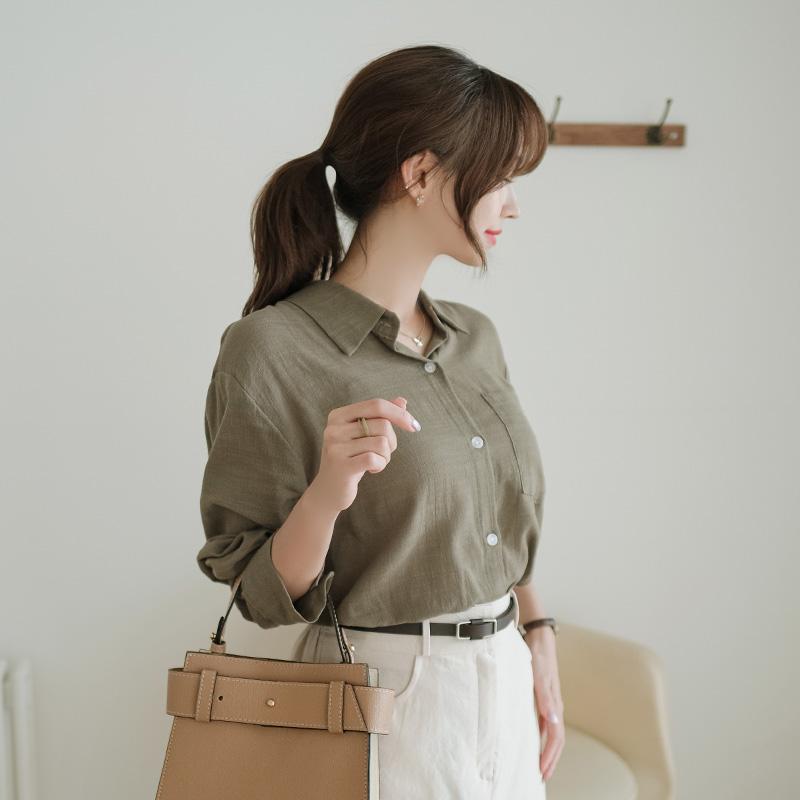 bs5340 내츄럴한 무드의 쾌적한 소재감을 더한 루즈핏 코튼소재 긴팔 카라블라우스 blouse