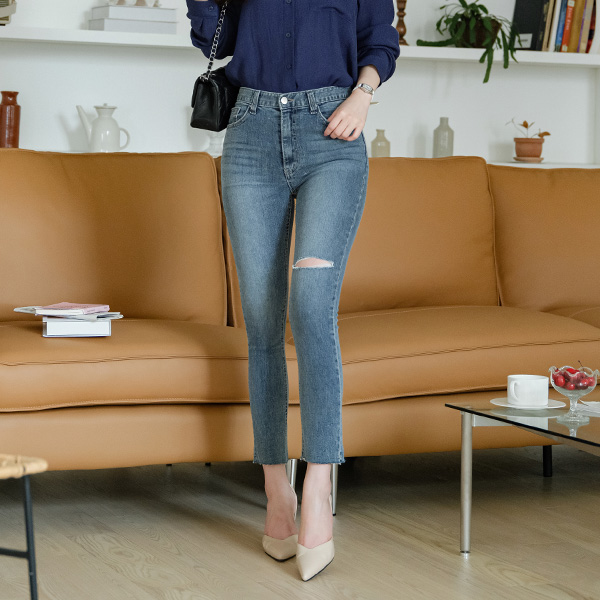 ps2344 스타일리쉬한 디스트로이드 포인트의 데일리 중청 슬림 일자핏 9부 팬츠 pants