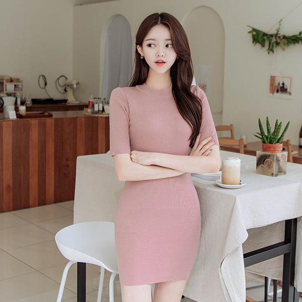 op9772 글램한 실루엣을 선사하는 미디기장 H라인 반팔 니트원피스 dress