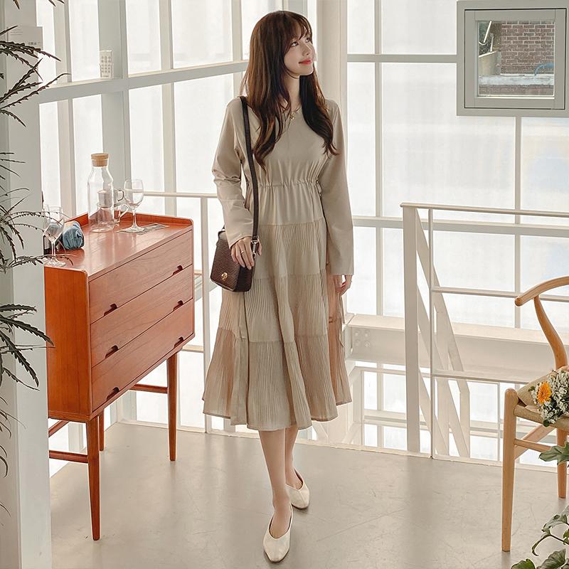 op9887 편안한 착용감과 허리스트링 디자인의 플리츠 긴팔 롱 플레어원피스 dress
