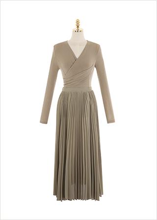 op9881 랩 스타일로 완성된 부드러운 착용감의 플리츠 롱 원피스 dress