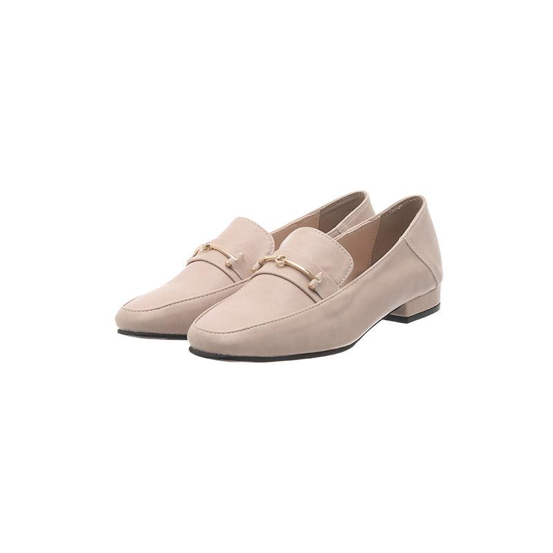 sh2070 단정하고 깔끔한 쉐입의 골드 장식 세미스퀘어토 로우굽 로퍼 shoes
