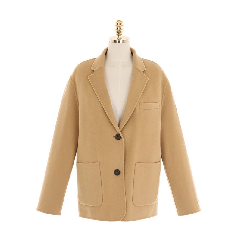 ct1195 탈부착 누빔 안감이 더해진 울 핸드메이드 싱글 반 코트 coat