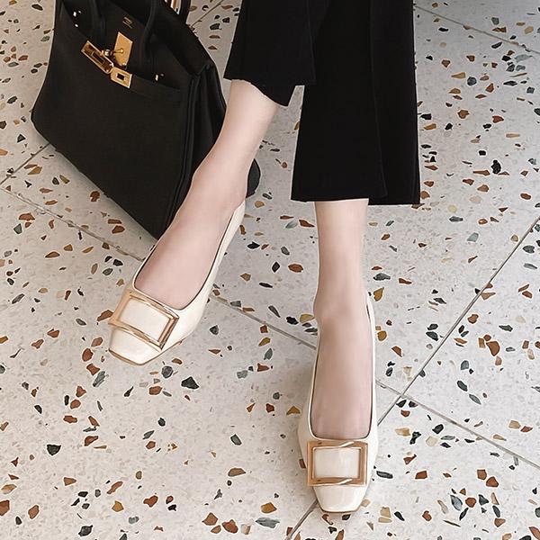 sh2150 고급스러운 무드의 스퀘어 장식 에나멜 미들힐 shoes